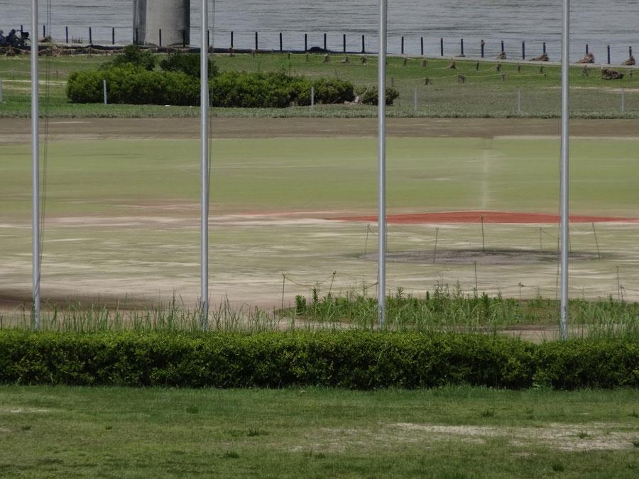2018.7.9淀川スタジアムのサッカーコート中央部分